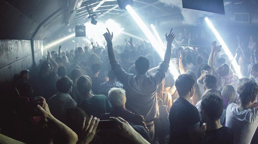 Fire London nightclub full dancefloor