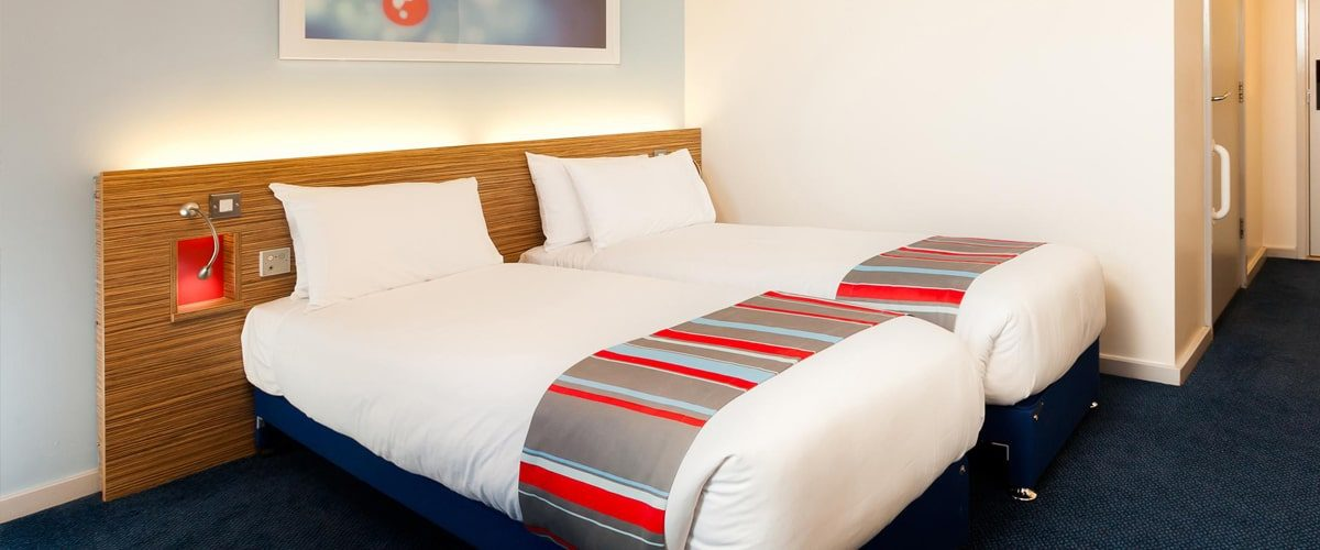 Travelodge budget hotel Vauxhall twin room