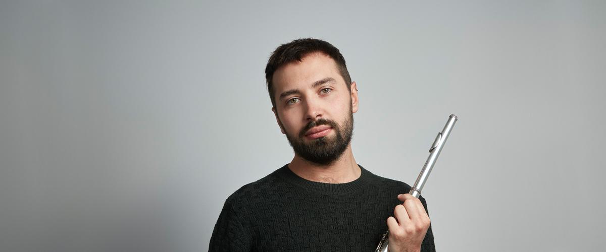 Adam Walker flautist wide