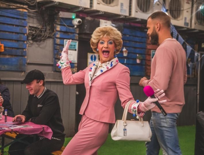 Drag bingo Sheila Simmonds